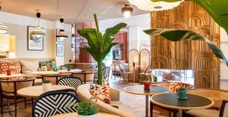 Novotel Suites Nice Airport - Nice - Lounge
