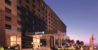 Radisson Blu Hotel, Cairo Heliopolis - Каир - Здание