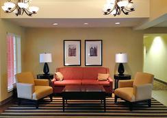 Extended Stay America - Kansas City - Airport - Tiffany Springs - Kansas City - Sala de estar