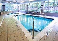 Cambria Hotel Raleigh Airport - Morrisville - Pool