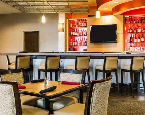 Cambria Hotel Raleigh Airport - Morrisville - Bar