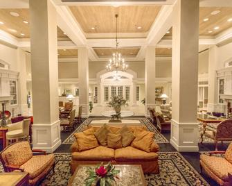 Cypress Bend Resort, BW Premier Collection - Many - Lobby