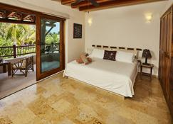 Escondite, Forget About The World And Enjoy Life In Paradise At No Extra Charge - Barra del Potosí - Bedroom