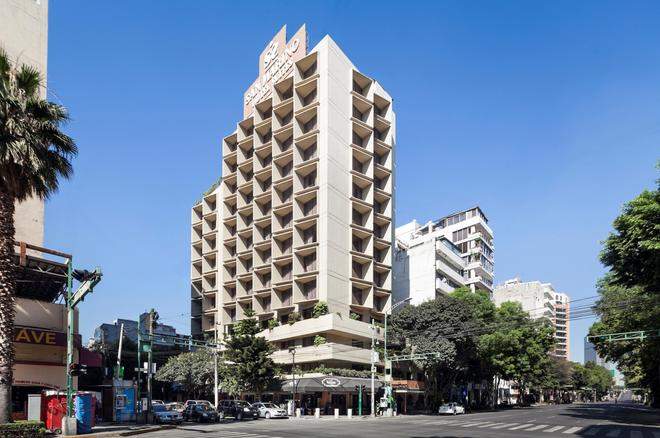 Exe Suites San Marino - Mexico City - Building