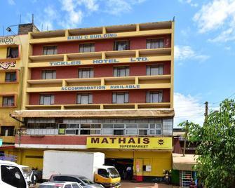 Tickles Hotel - Nyeri - Building