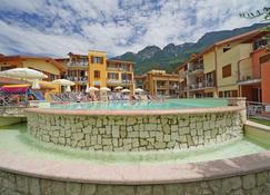 Atlantide Villaggio Albergo - Brenzone - Pool