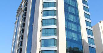 Century Hotel - Doha - Building