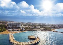 Azura Deluxe Resort & Spa - Avsallar - Gebouw