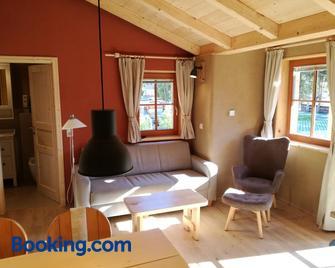 Haus Der Sonne - Kötschach - Living room