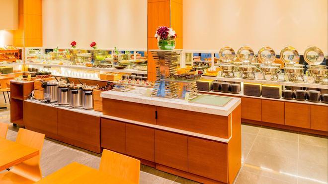 Candeo Hotels Fukuoka Tenjin - Φουκουόκα - Μπουφές