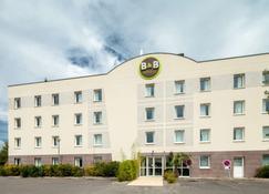 B&B Hôtel Creil Chantilly - Creil - Edifício