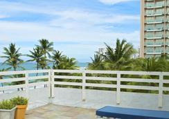 Sandy Beach Hotel - San Juan - Parveke