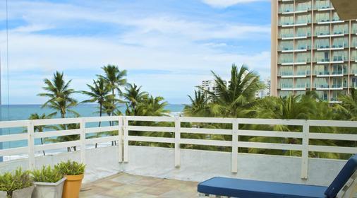 Sandy Beach Hotel - San Juan - Ban công