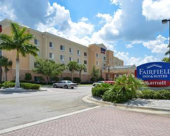 Fairfield Inn and Suites by Marriott Fort Pierce - Fort Pierce - Gebäude