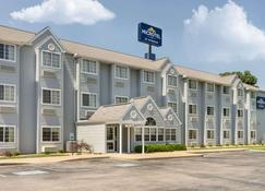 Microtel Inn & Suites by Wyndham Bowling Green - Bowling Green - Bâtiment