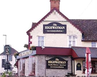Relaxinnz The Highwayman Inn - Shepton Mallet - Building
