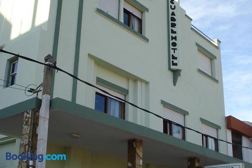 Hotel La Cumbre - Piriápolis - Building