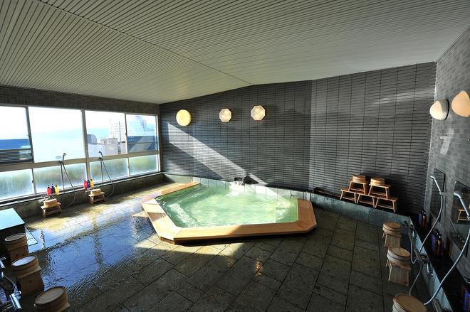 Onsen Hostel Hinoemi - Atami