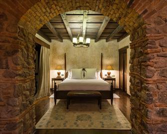 El Convento Boutique Hotel - Antigua - Bedroom
