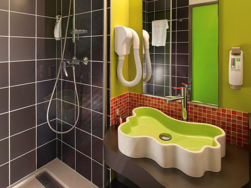 Ibis Styles Lyon Villeurbanne - Villeurbanne - Bathroom