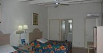 The Island Beachcomber Hotel - Saint Thomas Island - Bedroom