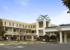 Days Inn by Wyndham Chattanooga/Hamilton Place - Чаттануга - Здание