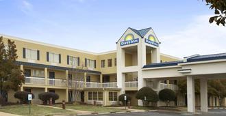Days Inn by Wyndham Chattanooga/Hamilton Place - Chattanooga - Edificio