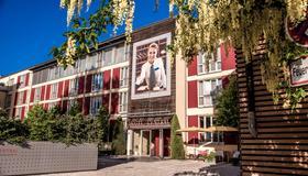 โรงแรมเซ็นทรัล เรเกนส์บวร์ก - เรเกนสบูร์ก - อาคาร
