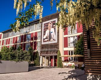 Hotel Central Regensburg - Regensburg - Building