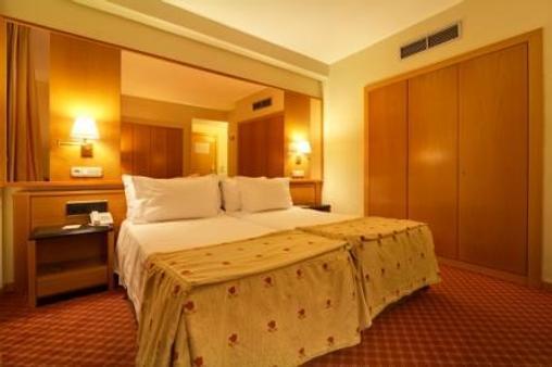 Hotel Silken Rona Dalba - Salamanca - Schlafzimmer