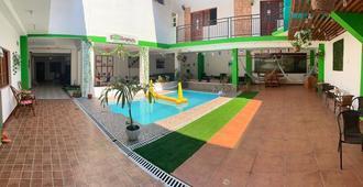 Iguana Haus - Iquitos - Pool