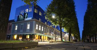 Kaunas City - קאונאס - בניין