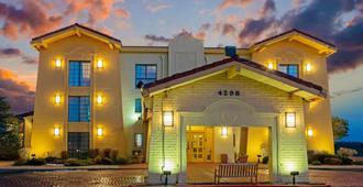 La Quinta Inn By Wyndham Santa Fe - סנטה פה