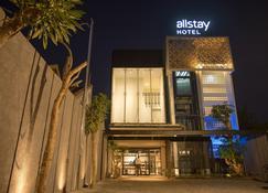 Allstay Hotel Yogyakarta - Yogyakarta - Building