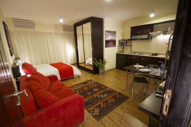 Newcity Suites & Apartments - Cairo - Living room