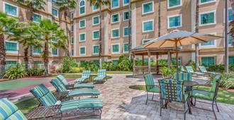 Hawthorn Suites by Wyndham Orlando Lake Buena Vista - Orlando - Patio