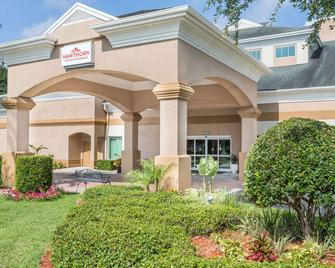 Hawthorn Suites by Wyndham Orlando Lake Buena Vista - Orlando - Building