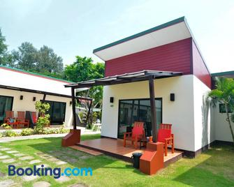 Golden Bay Cottage - Ko Lanta - Building