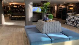 Oxford Suites Portland - Jantzen Beach - Portland - Lobby