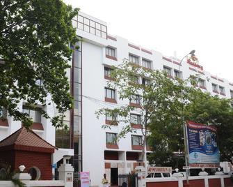Breeze Residency - Tiruchirappalli - Building