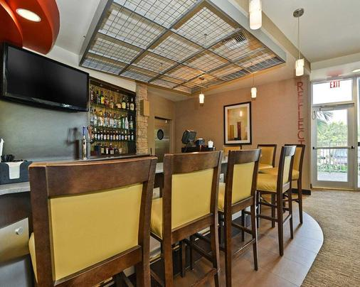 Cambria Hotel Ft Lauderdale Airport - Dania Beach - Bar