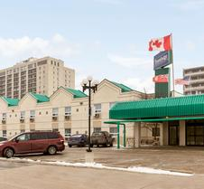 Travelodge by Wyndham Winnipeg East