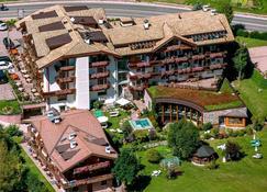 Hotel Gran Paradis - Campitello di Fassa - Bâtiment
