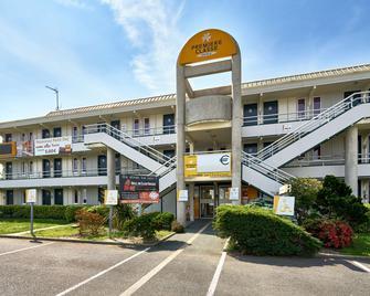 Première Classe La Roche Sur Yon - La Roche-sur-Yon - Building