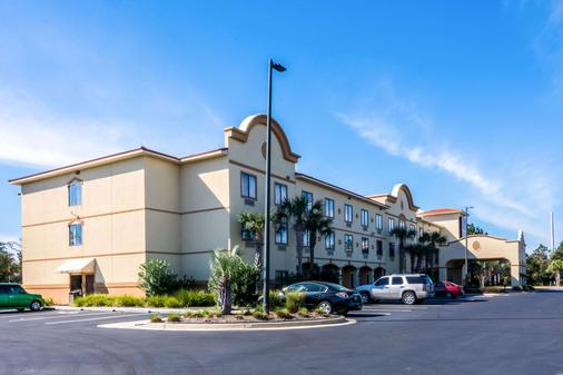 Comfort Suites - Panama City Beach - Rakennus