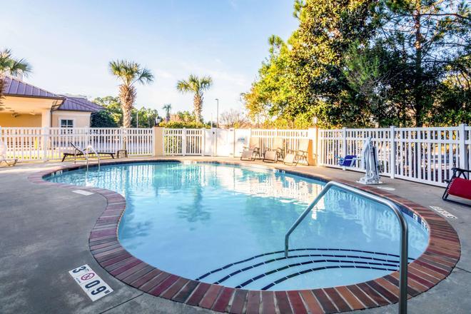 巴拿馬城海灘凱富套房酒店 - 巴拿馬市海灘 - 巴拿馬城海灘 - 游泳池