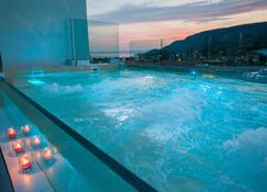 Hotel Italia - Garda - Piscina