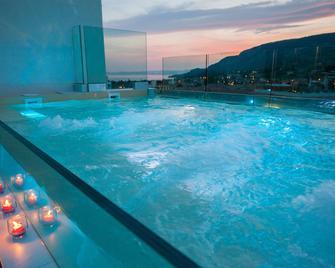 Hotel Italia - Garda - Pool
