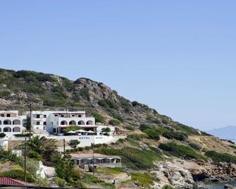 Marou Hotel - Agia Pelagia - Außenansicht
