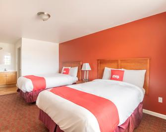 OYO Hotel Pearsall I-35 East - Pearsall - Bedroom
